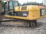 Gato usado 320d, venta caliente usada de la oruga del excavador de los excavadores del gato 320c 325D 330d en Shangai