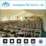 アジア人2000の人家具が付いている大きい教会テントか床または照明または天井