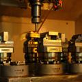 Um Multifuncional de CNC 5 eixo ajustável de precisão pequenas de centralização de bancada