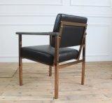 椅子を食事するArmrestのレストランが付いている高品質のステンレス鋼フレーム
