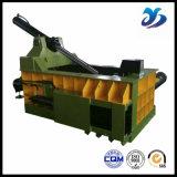 Совместимо и связывающ Baler металлолома чонсервных банк