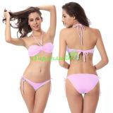 Reizvoller Querhalter-Zeichenkette-Bikini für Damen