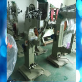 De automatische het Voeden Machine van het Ponsen van de Gespen van de Klinknagels van Spijkers
