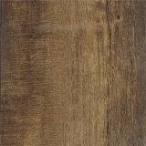 Kommerzieller haltbarer hitzebeständiger Belüftung-Bodenbelag, der wie Holz aussieht