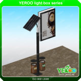 Столб светильника солнечной силы улицы рекламируя светлую коробку