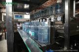 1500bph 5gallonのバレルの満ちるライン/水びん詰めにする機械