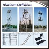 Tour d'échafaudage mobile en aluminium réglable avec escalier à vendre