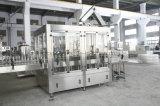 Máquina de rellenar carbonatada automática de la bebida de la botella de cristal de Gcgf