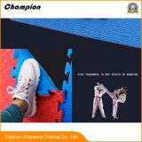 Goede Kwaliteit die de Mat van de Gymnastiek van Teakwondo van de Vloer van het Schuim van EVA voor Opleiding met elkaar verbinden
