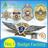 La polizia in lega di zinco Badge con colore d'argento ed il disegno personalizzato