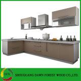現代台所家具の食器棚