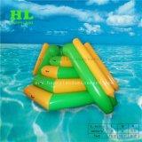 プールのための透過膨脹可能な水歩くローラー