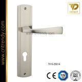 Ручка двери крома сплава цинка оборудования нутряная с плитой (7010-Z6118)