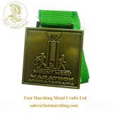 習慣は硬貨の円形浮彫りの競争のための連続した金属のマラソンメダルを遊ばす