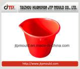 赤い水バケツのプラスチック注入のバケツ型