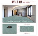 カスタマイズされた厚さの光沢度の高いビニールのフロアーリングの石パターンPVC床
