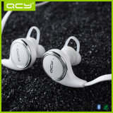 Fone de ouvido de Bluetooth Sweatproof do auscultadores da música do esporte com preço do competidor
