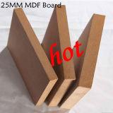 중국 제조자에서 싼 MDF 널 또는 처리되지 않는 MDF/Melamine MDF 가격