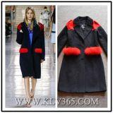 Capa formal de las lanas del invierno de las mujeres de la manera