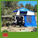 tenda esterna della parte superiore del tetto dell'automobile di campeggio 4X4 con l'annesso