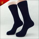 Männer, die Socken für Form-Mann-Abnützung laufen lassen