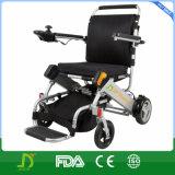 Sedia a rotelle piegante leggera di alluminio della batteria di litio di potere