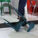 Großverkauf verwendeter Stuhl-stapelbarer Gaststätte-Plastikstuhl