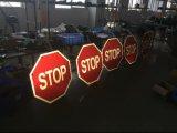 Angeschaltenes LED Straßen-blinkendes Solarwarnzeichen der Aluminiumlegierung-