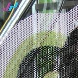 Una forma de película de la visión para la pegatina de vinilo perforado
