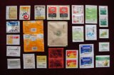 乾燥の粉、草の製品、薬剤の包装機械のための水平の高速磨き粉のDoypackのパッキング機械