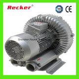 3-phasige 3KW Vakuumpumpe in der CNC-Fräsertischhalterung