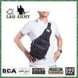 屋外の戦術的なバックパックのキャンプのための軍のスポーツのパックのDaypackの肩のバックパック