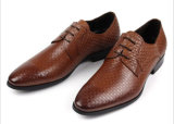 最新の新しいイタリアデザインメンズ形式的な靴