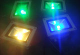 Reflectores LED RGB COB 30W/50W proyector LED de colores RGB para jardín, resistente al agua IP65