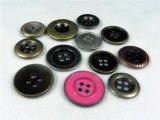 Botón de camisa libre del metal de los orificios de la ropa cuatro del níquel sin plomo