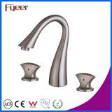 Deux trous Thress Fyeer brossé bassin généralisée de la poignée du robinet