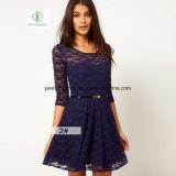 Heiße Verkaufs-europäische Spitze-Kleid All-Abgleichung dünnes Taillen-Dame-Kleid