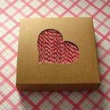 正方形の装飾的なブラウンのクラフトのペーパー石鹸のカートンボックス包装