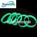 Incandescenza promozionale del Wristband del silicone nel Wristband scuro del silicone