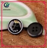 Костюм черноты рубашки кнопки смолаы застегивает высокосортную пряжку свитера платья