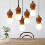 Luz pendiente de madera para uso en el hogar Interior