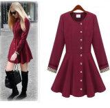 新しいデザイン女性はジャケットのスカートのワインレッドの長いトレンチコートを薄くする