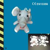 Brinquedos e cabides reflexivos para crianças