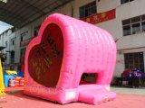 ピンクの中心の膨脹可能な跳ね上がりの家Chb592