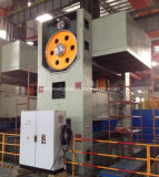 Pressage progressif en tôle métallique