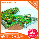 غنيّ بالألوان أطفال ملعب ملعب داخليّة مع منزلق