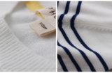 O bebê feito malha o algodão 100% veste a venda em linha