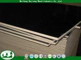 Madera contrachapada de la madera de la base del álamo con la película hecha frente