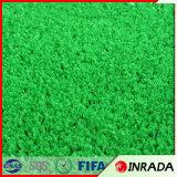 Gramado verde artificial do relvado sintético da mola para a corte do golfe