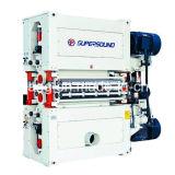 合板の目盛り付けの紙やすりで磨く機械